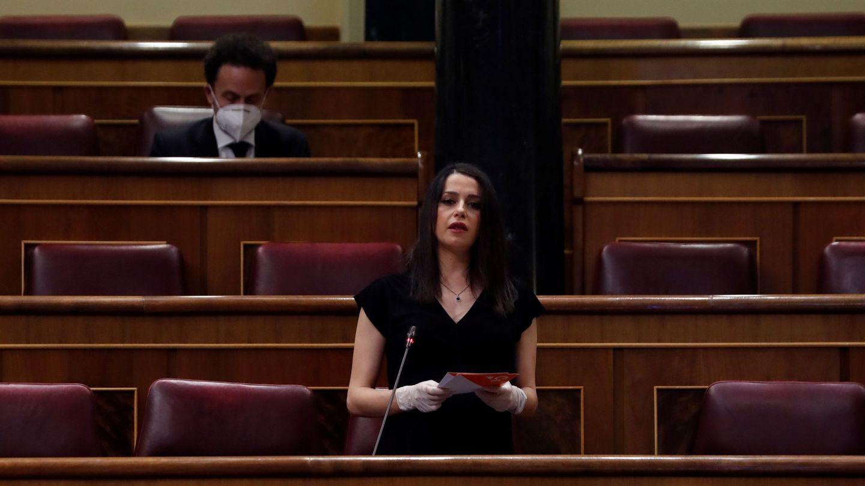 Inés Arrimadas, durante el último pleno de alarma, el pasado 6 de mayo. (EFE)