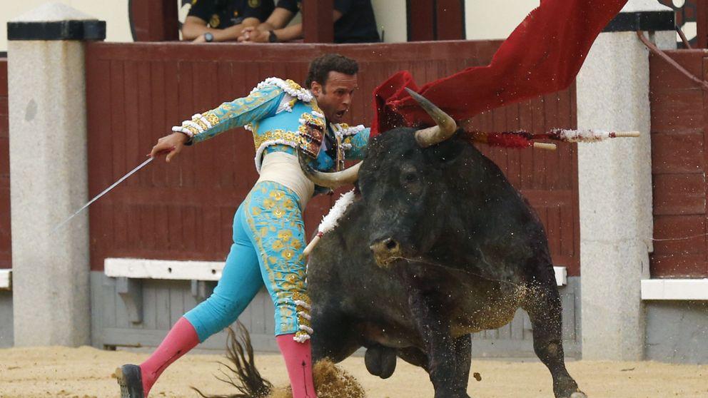 Toros de la Feria de San Isidro: fiasco total de la corrida de Adolfo Martín