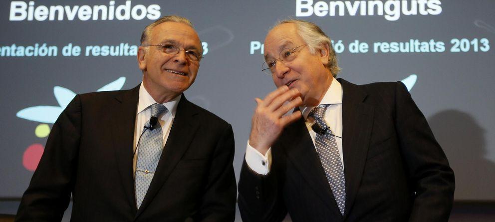 Foto: Isidro Fainé (izq.), presidente de CaixaBank, y Juan María Nin (dcha.), consejero delegado. (Reuters)
