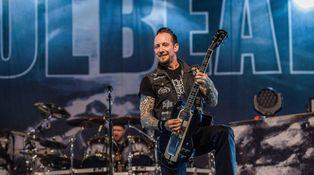 Elvis no está muerto: toca con Metallica en un grupo llamado Volbeat