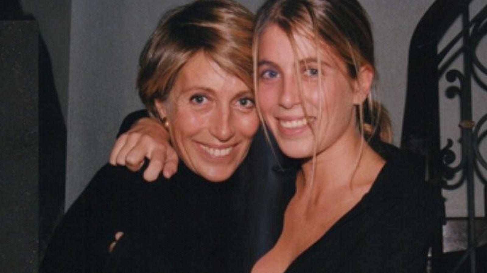 Foto: Elena de Borbón con una de sus hijas en una imagen de archivo