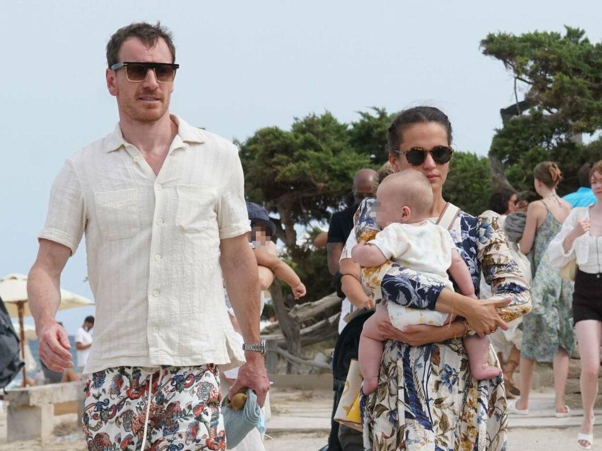 Foto: Alicia Vikander y Michael Fassbender, en Ibiza. (Gtres)