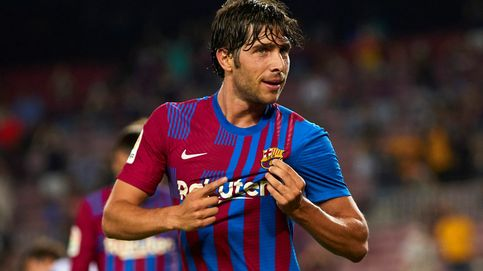 Sergi Roberto paga la nefasta gestión del Barcelona con pitos y lágrimas