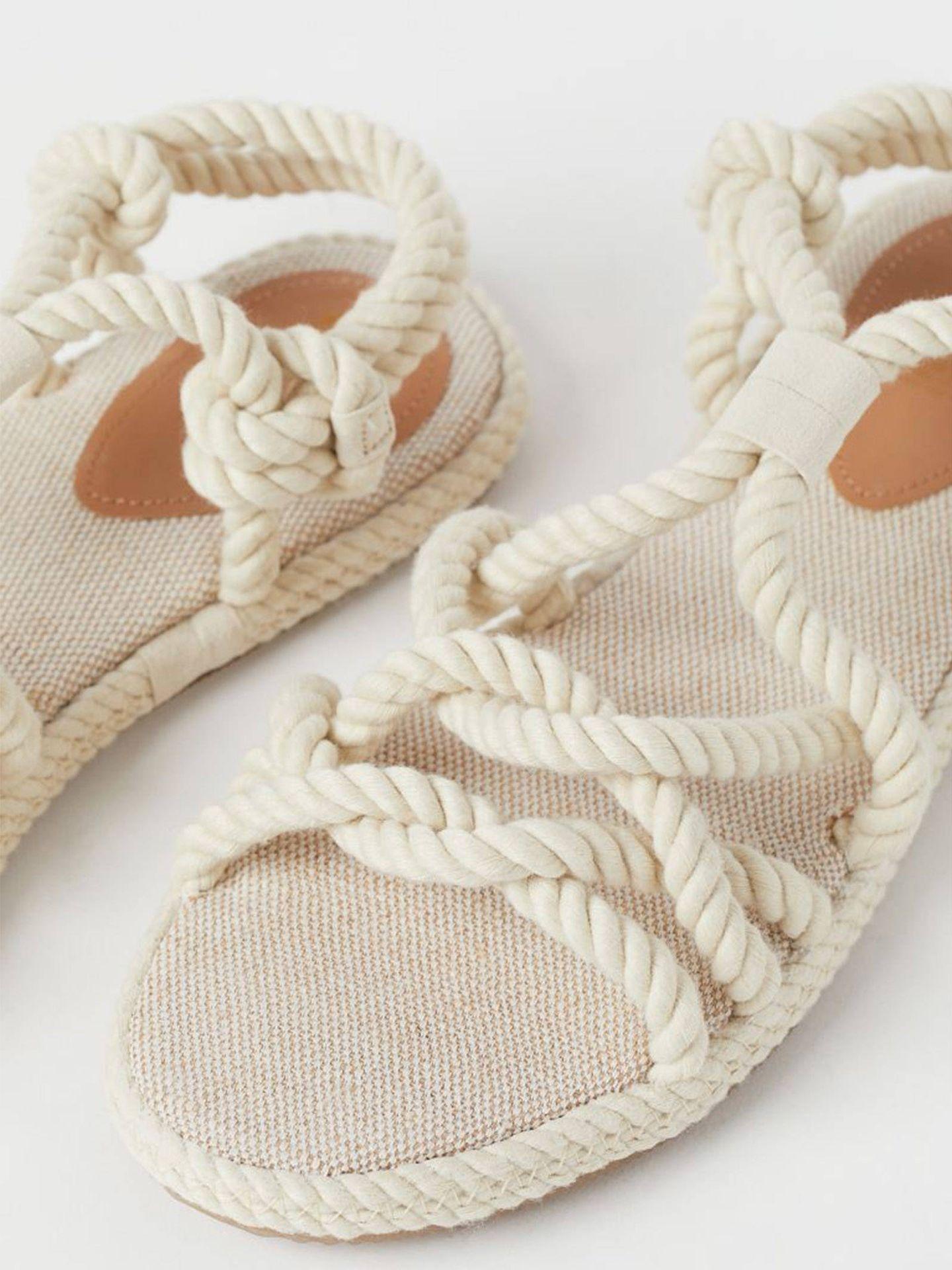 Sandalias de cuerdas de HyM. (Cortesía)