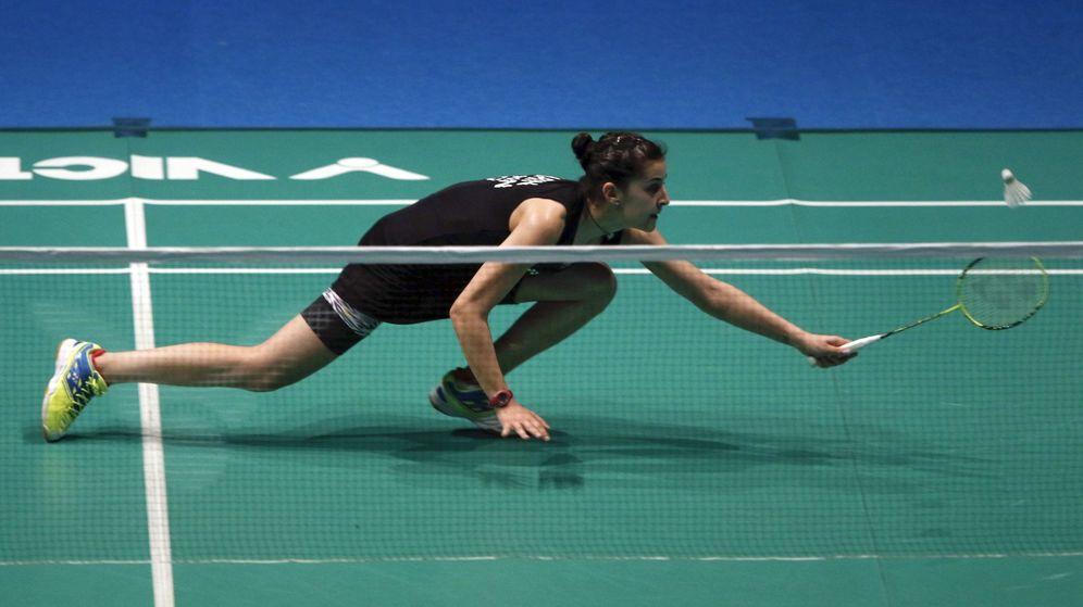 Foto: Carolina Marín, durante su partido contra la china Yihan Wang. (EFE)