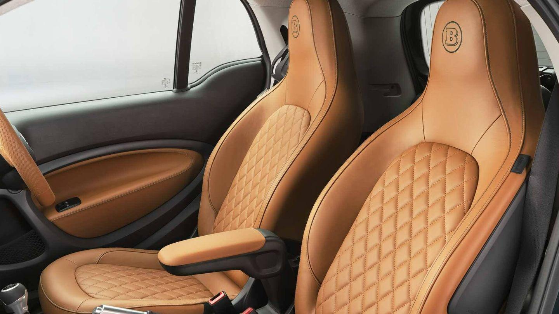 Los asientos son el punto fuerte de su pequeño interior.