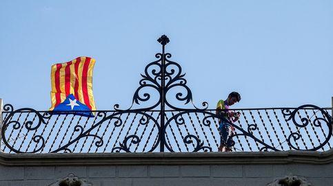 El 'sí' a la independencia de Cataluña recorta distancias y queda a menos de un 1% del 'no'