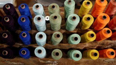 Madejas de hilo en un taller de costura berlinés