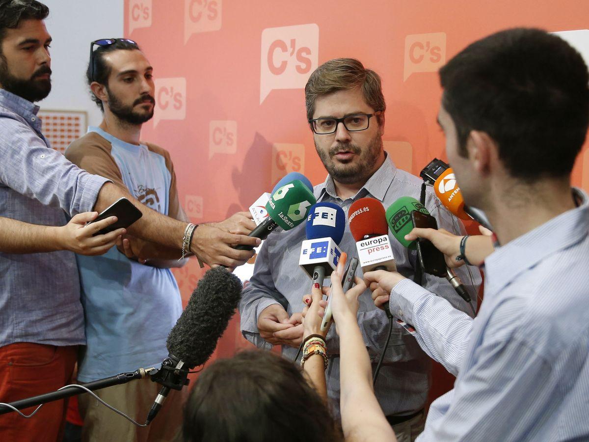 Foto: Fran Hervías, atendiendo a los medios en una imagen de archivo. (EFE)