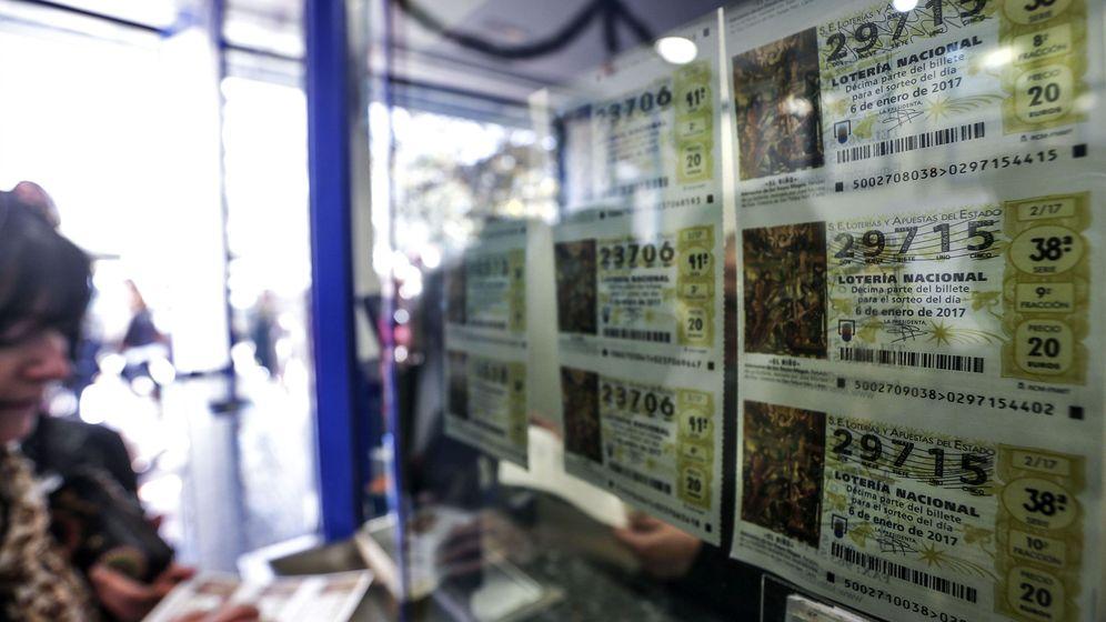 Foto: Décimos de lotería a la venta. (EFE)