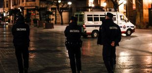 Post de Los altercados nocturnos en San Sebastián dejan tres ertzainas heridos y diez detenidos