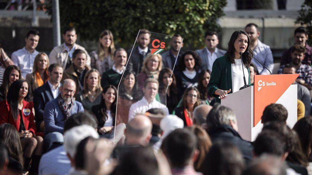 Foto: Inés Arrimadas en un momento del acto electoral.