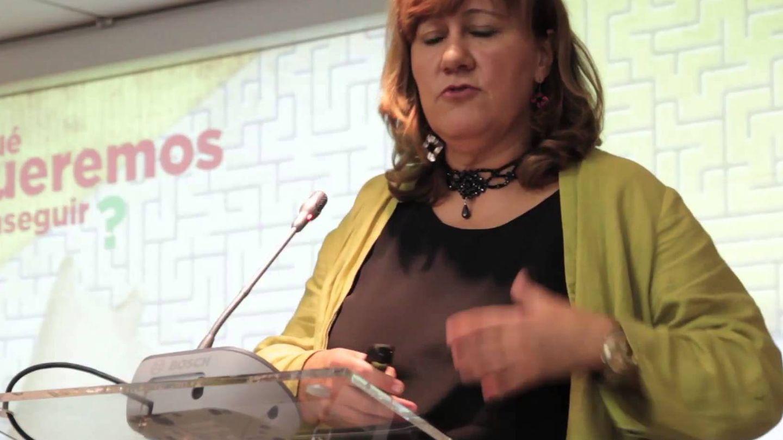 Hernández Fuentes durante una conferencia (YouTube)