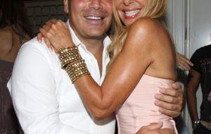 Kike Sarasola invita a sus amigos a su nuevo hotel de Miami