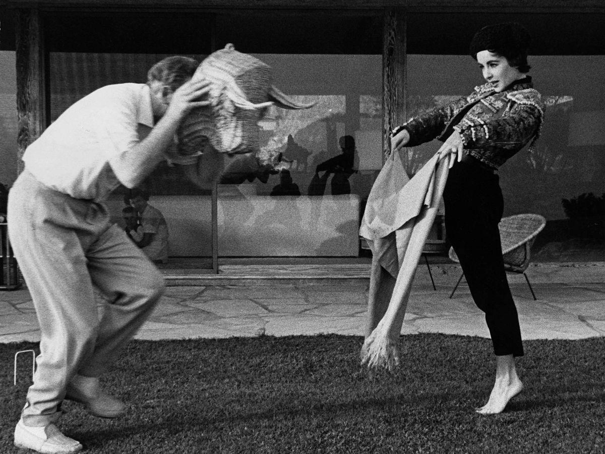 Foto: Elizabeth Taylor, una 'torera' de la mano de Michael Wilding. (CP)