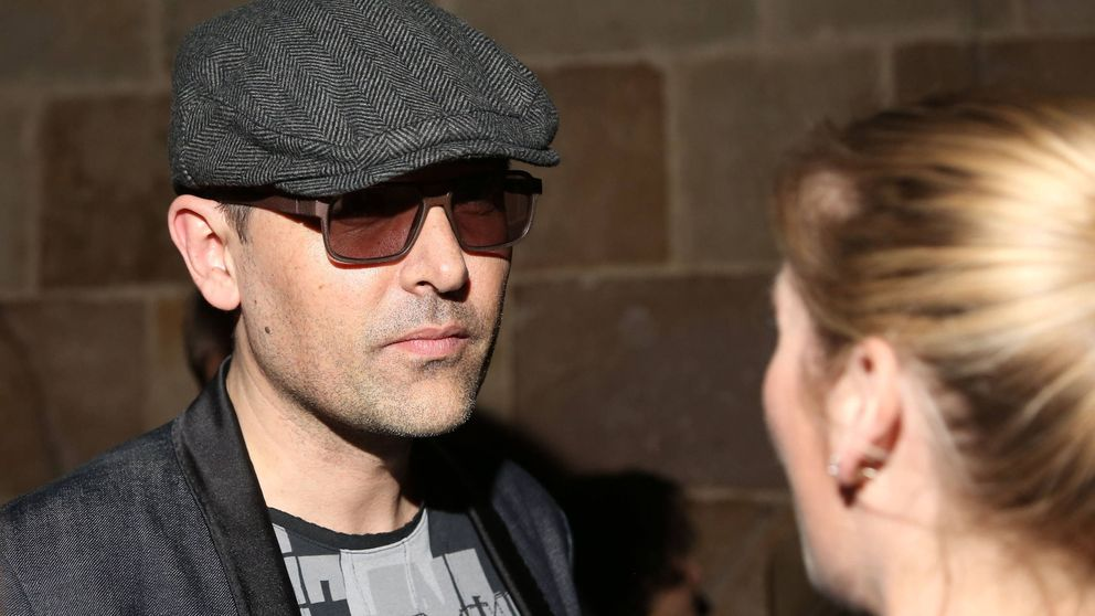 Risto humilla a un taxista para defender a Cataluña y las redes se ceban con él