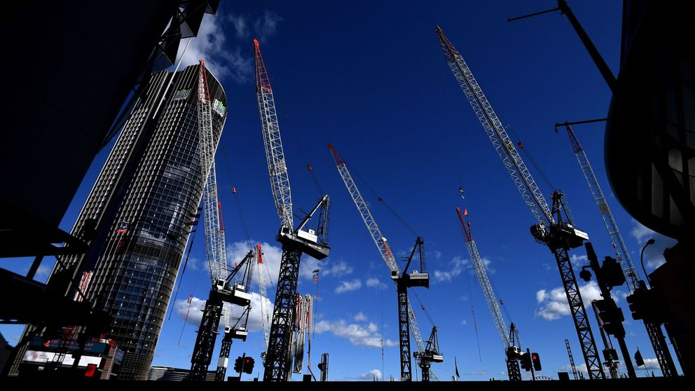 Seis de cada 10 promotores a nivel mundial han retrasado proyectos