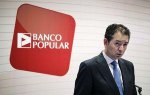 Popular lidera las caídas mientras prepara una emisión de bonos