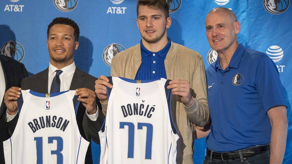 Foto: Luka Doncic fue presentado este viernes en Dallas. (Reuters)