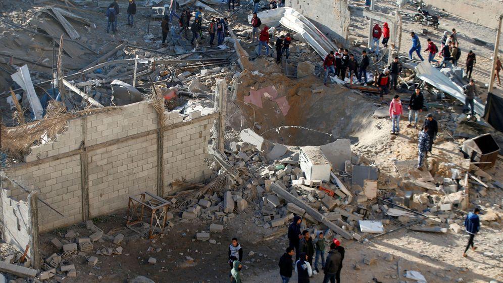 Foto: Escombros tras el bombardeo israelí. (Reuters)