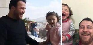 Post de El juego de la guerra en Siria: cómo un padre enseña a su hija a reírse de un bombardeo