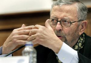 Oliart ya tiene deberes en RTVE: el Consejo quiere reducir en un 15% los altos cargos