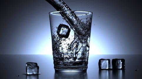 Qué es el peso del agua y cómo adelgazarlo