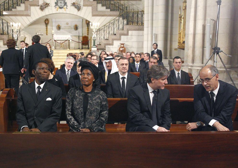 Foto: Obiang y su esposa, en el funeral de Estado por Adolfo Suárez. (EFE)