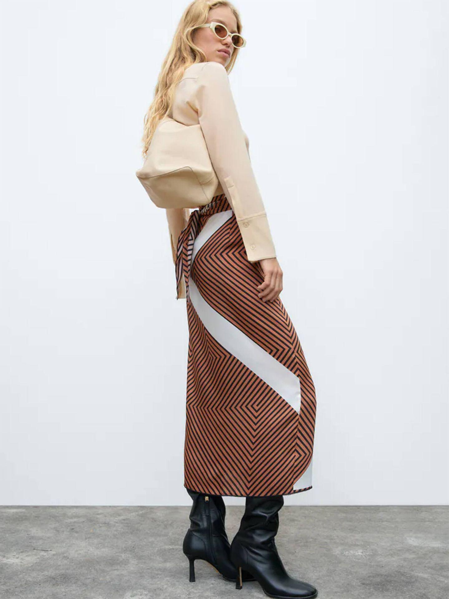 La falda pareo de Zara que puedes llevar en otoño. (Cortesía)