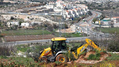 Un obrero fallece en Tarragona tras caérsele encima una excavadora