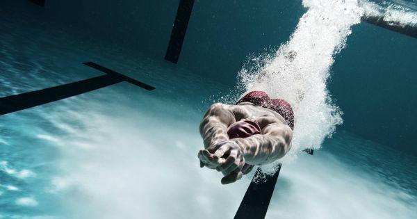 Trucos: Cómo nadar horas sin cansarte con la técnica de