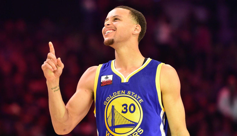 Foto: Stephen Curry se llevó el concurso de triples con más nivel de los últimos años (Reuters)