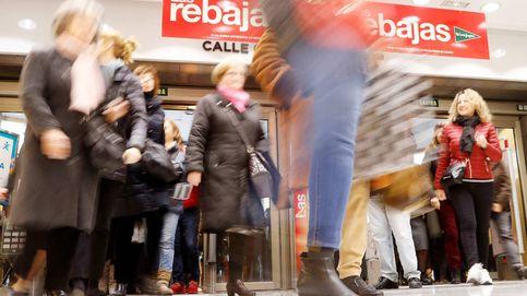 El Gobierno veta las rebajas en tiendas para evitar contagios y solo las permite online