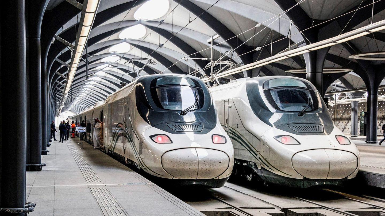 Trenes AVE de la línea Meca-Medina. (Reuters)