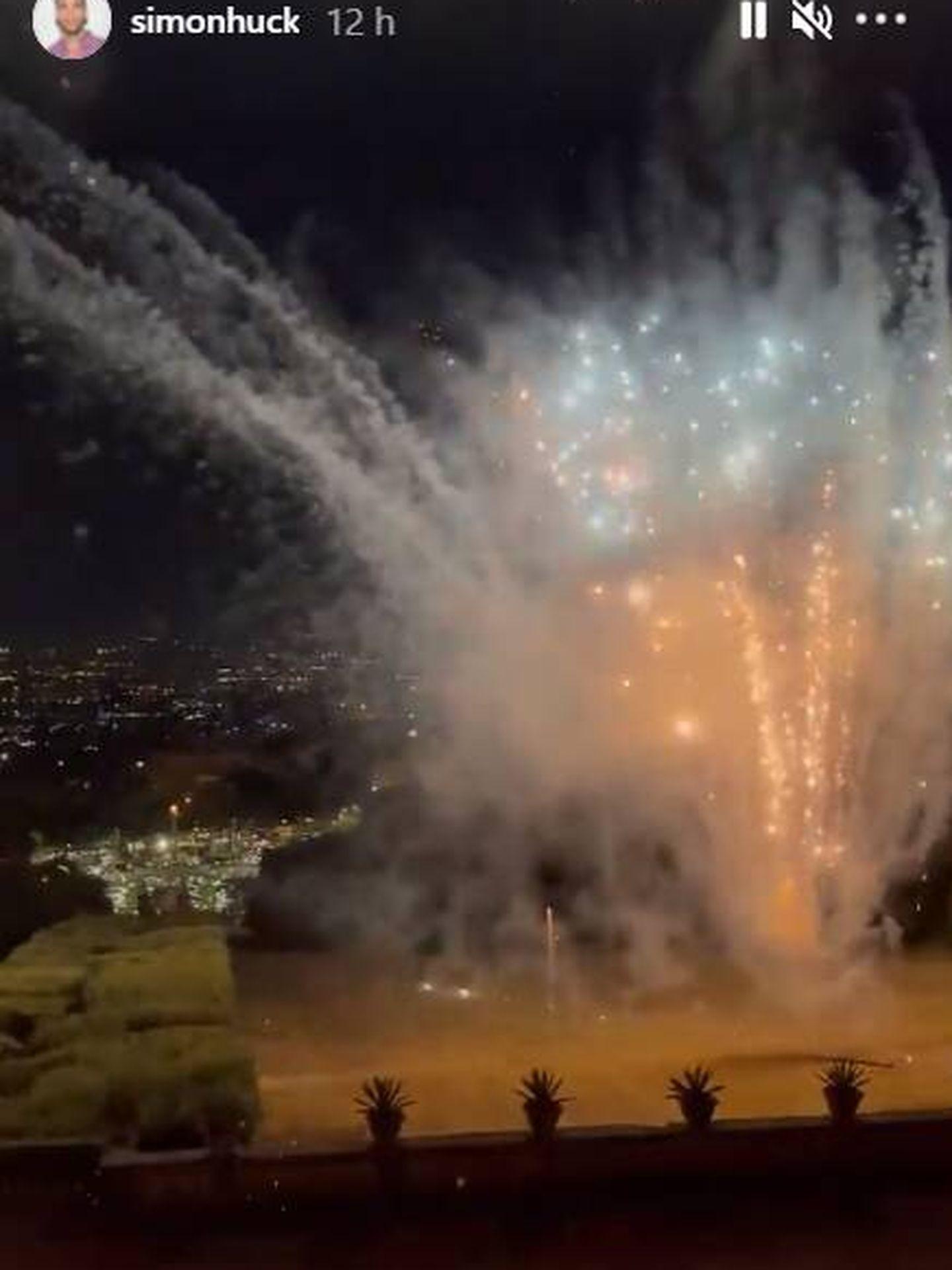 Los fuegos artificiales durante la celebración. (IG)