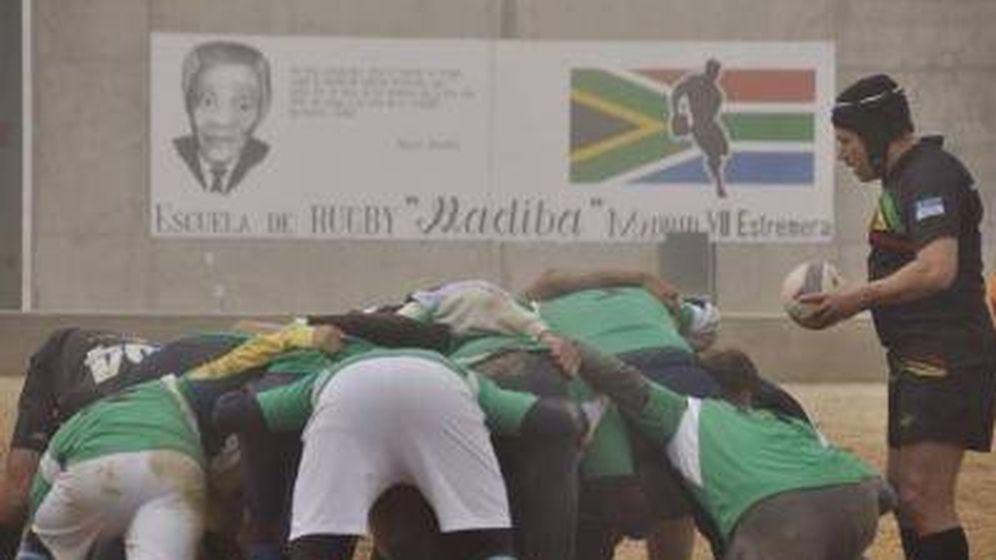 Foto: La cárcel de Estremera con la mirada de Madiba.