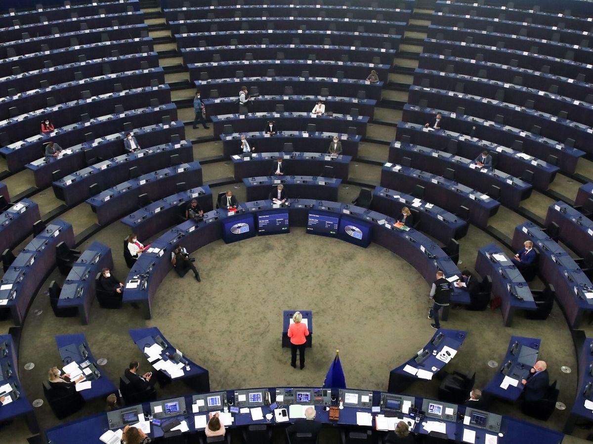 Foto: La presidenta de la Comisión Europea, Ursula von der Leyen, en el Parlamento Europeo en Estrasburgo, Francia. (Reuters)