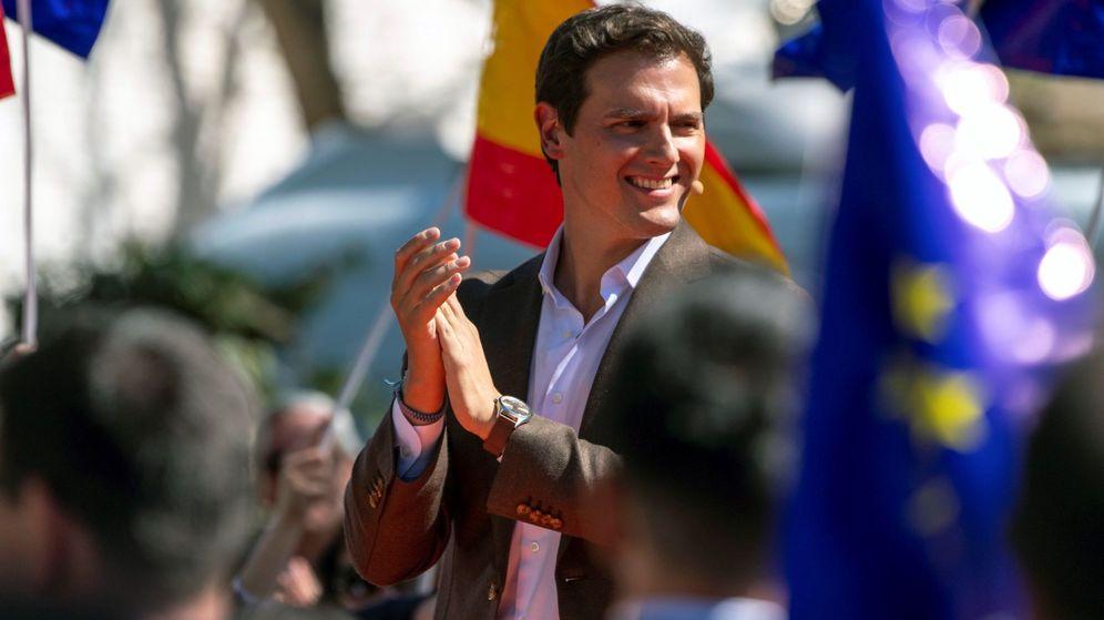 Foto: El presidente de Ciudadanos, Albert Rivera, durante un acto de precampaña. (EFE)