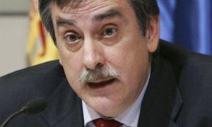 Valeriano Gómez cree que se creará empleo en 2011