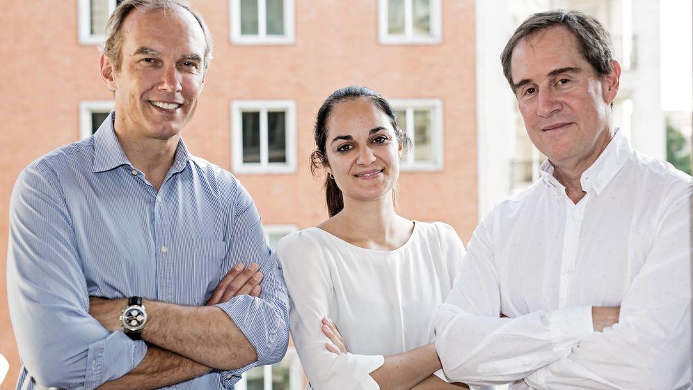Foto: Nico Goulet, Rocío Pillado y Alberto Gómez, socios de Adara Ventures.