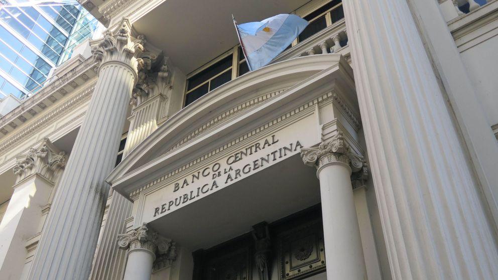 Argentina sube tipos al 45% para proteger al peso de un contagio de Turquía
