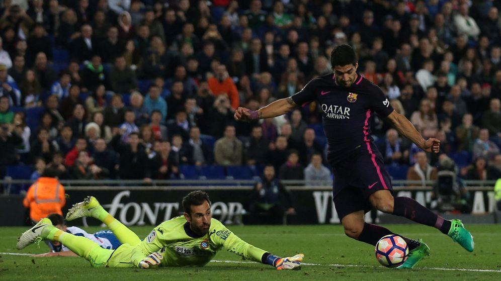 Foto: Con su dos goles al Espanyol, Luis Suárez cerró una racha de cinco partidos sin marcar. (Reuters)