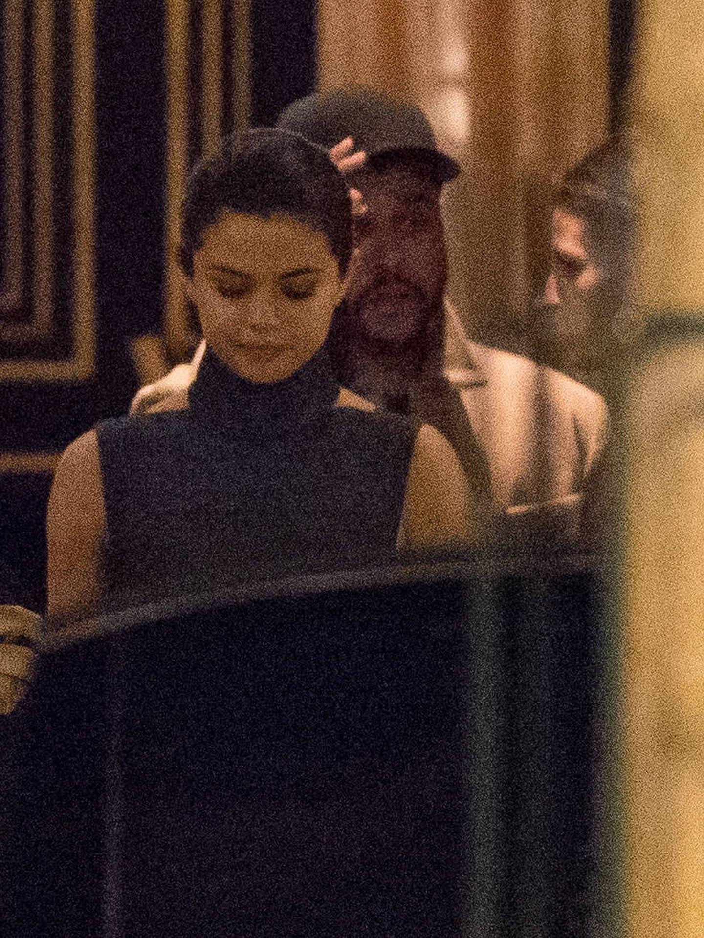 Selena Gomez y The Weeknd por las calles de París (Gtres)