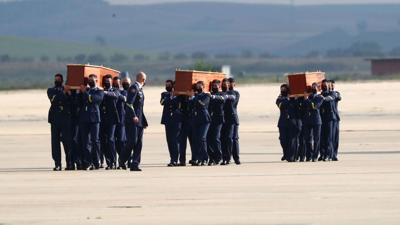 Los restos mortales de David Beriain y Roberto Fraile regresan a España