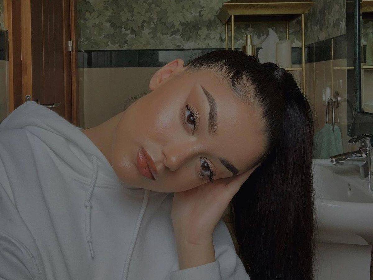 Foto: Julia Janeiro, demostrando todas sus cualidades como maquilladora en Instagram. (@julsjaneiro)