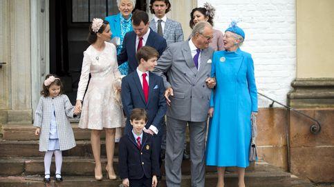 La familia real danesa se reúne en la confirmación del príncipe Felix