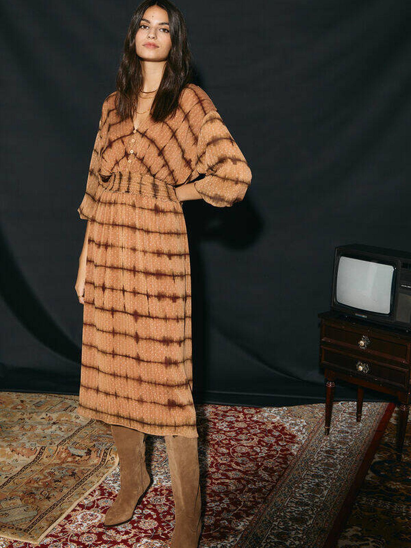 Vestido estampado a la venta en Sfera. (Cortesía)
