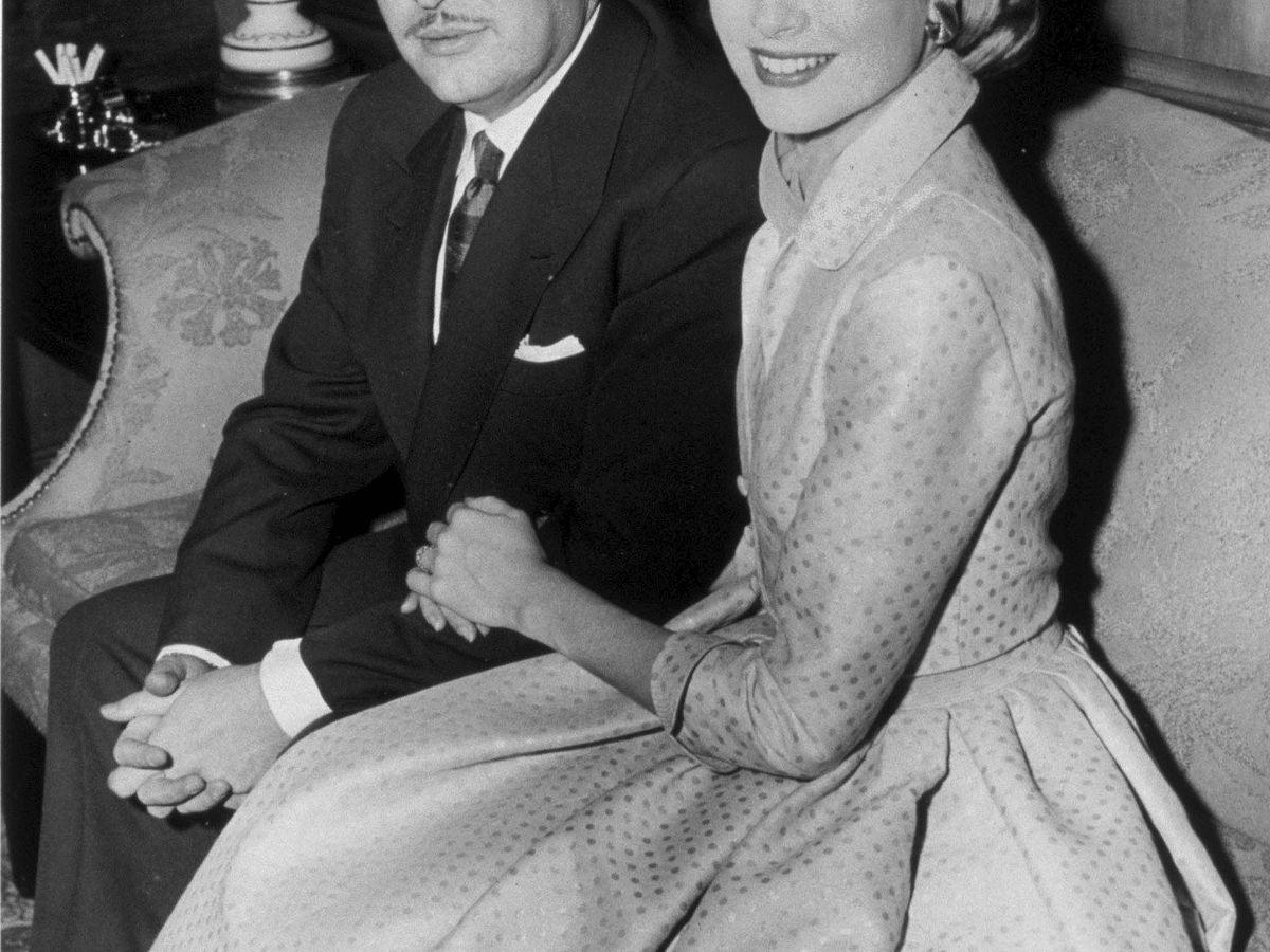 Foto: Fotografía del compromiso de Grace Kelly y el príncipe Rainiero de Monaco, 1956. (EFE)