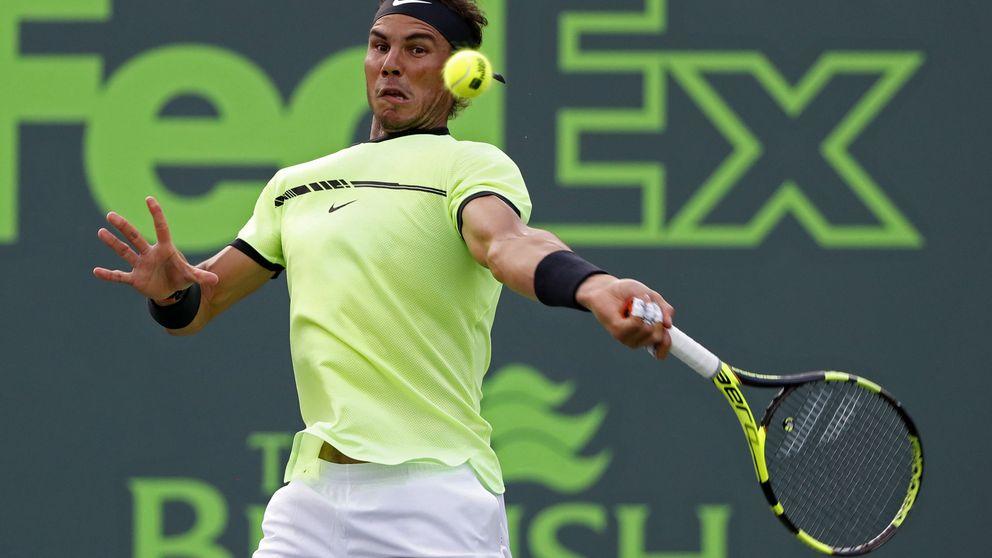 Rafa Nadal se impone sin problemas a Sela en su debut en Miami