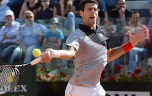 Djokovic accede a la final de Roma después de remontar al duro Raonic